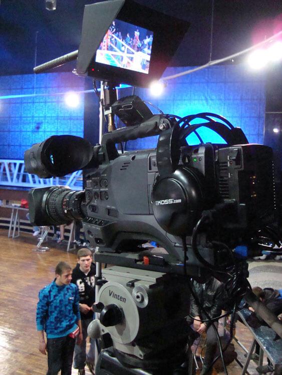 драмы поэзии фотокамера для съемки концертов бонус